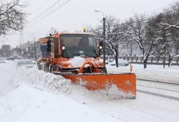 Măsuri urgente luate de Prefectură după ninsorile şi viscolul din Prahova