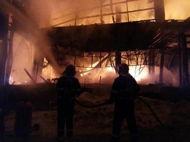 Controale în cluburile din Prahova după incendiul din Bamboo. Ce-au găsit inspectorii ISU