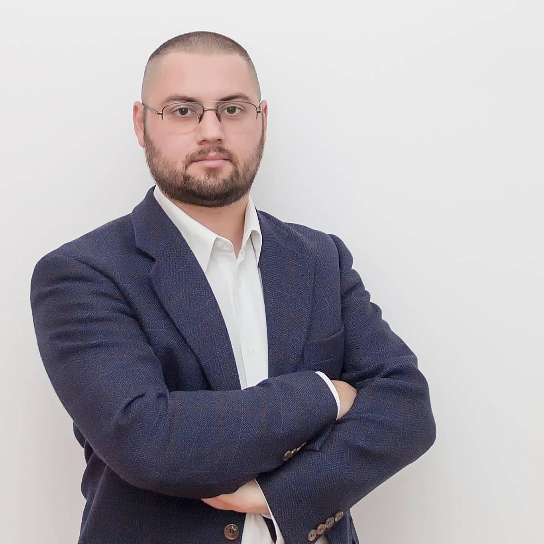 """Dan Rădulescu, deputat USR, declaraţie în Parlament despre poluarea din Ploieşti: """"N-ar strica un cadru legislativ care să pună capăt otrăvirii unui oraș!"""""""