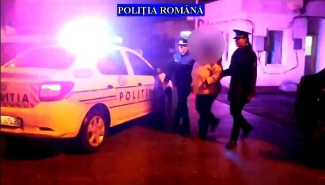 Prinsă în flagrant cu 3.000 de ţigări aduse din Republica Moldova – VIDEO