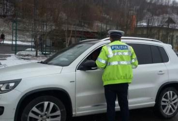 Controale ale poliţiei în Vălenii de Munte şi Drajna