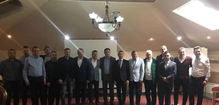 Ionuț Lupescu a luat pulsul Prahovei fotbalistice în Săptămâna Mare. Politic, a fost foarte bine susținut!