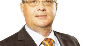 Primarul comunei Bărcăneşti, Valeriu Lupu şi-a prezentat raportul de activitate