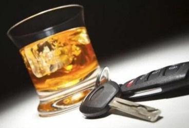 Azi, prins la volan fără permisul reţinut ieri pentru consum de alcool