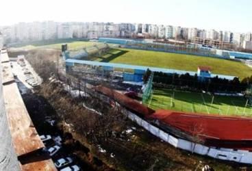 """Vineri, Petrolul nu mai joacă pe sintetic. Metaloglobus a mutat meciul cu """"lupii"""" pe fosta arenă Juventus Colentina"""