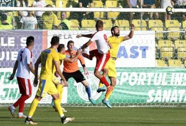 Biata trupă a lui Ursu bătută mai rău decât la Strejnicu! De la 3-0, Petrolul a jucat dezinvolt, dar… nu a mai marcat