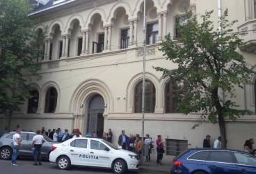 Judecătoria Ploieşti şi-a reluat activitatea în vechiul sediu renovat