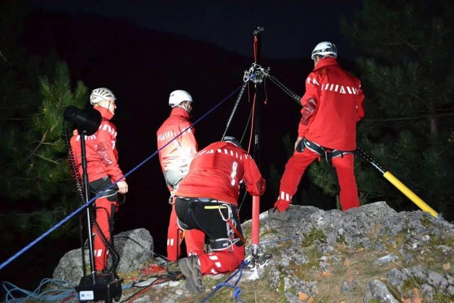 Două alpiniste salvate în noapte din masivul Bucegi