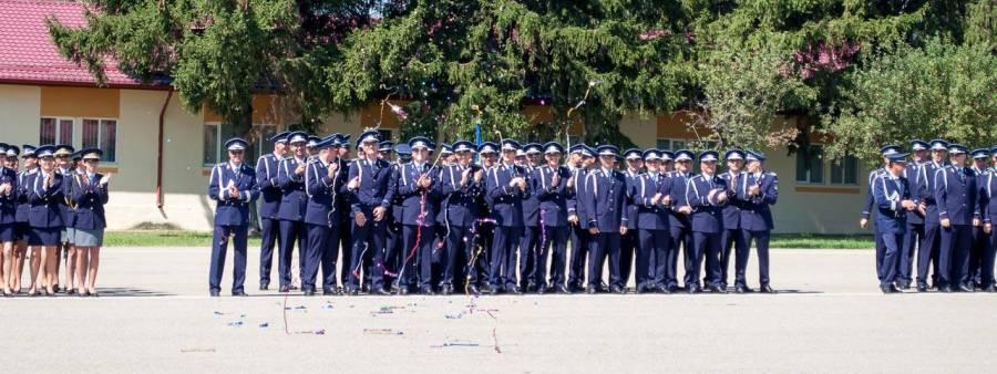 Notele de admitere la şcoala de Agenţi de Poliţie Câmpina pentru români, rromi şi alte minorităţi