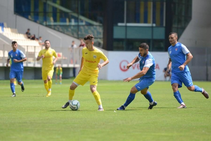 CS Blejoi – la prima apariție oficială ca divizionară C într-un meci din Cupa României, azi contra Moreniului. Dâmbovițenii vin în Prahova cu sponsori noi