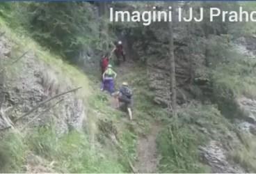Doi englezi şi doi români, coborâţi de jandarmi alpinişti din Bucegi