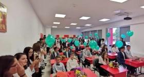 Vălenii de Munte a luat faţa la deschiderea anului şcolar în Prahova