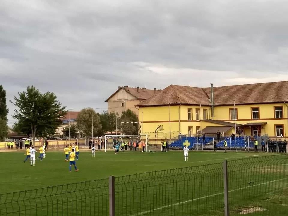 Petrolul a reușit calificarea în optimile Cupei României cu scorul favorit: 1-0! Noroc cu Hamza, care a înscris unicul gol în fața unei echipe modeste de L3 din Ardeal!