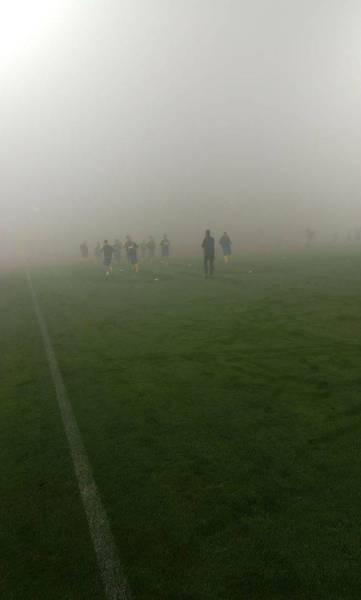 Arena din Trivale, învăluită în ceață! Pericol de întârziere a debutului meciului FC Argeș – FC Petrolul!