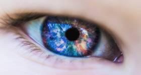 Cum aleg lentilele de contact potrivite? Ghid util pentru începători
