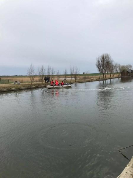 Copilul dispărut în apele Teleajenului, găsit în stop cardio-respirator