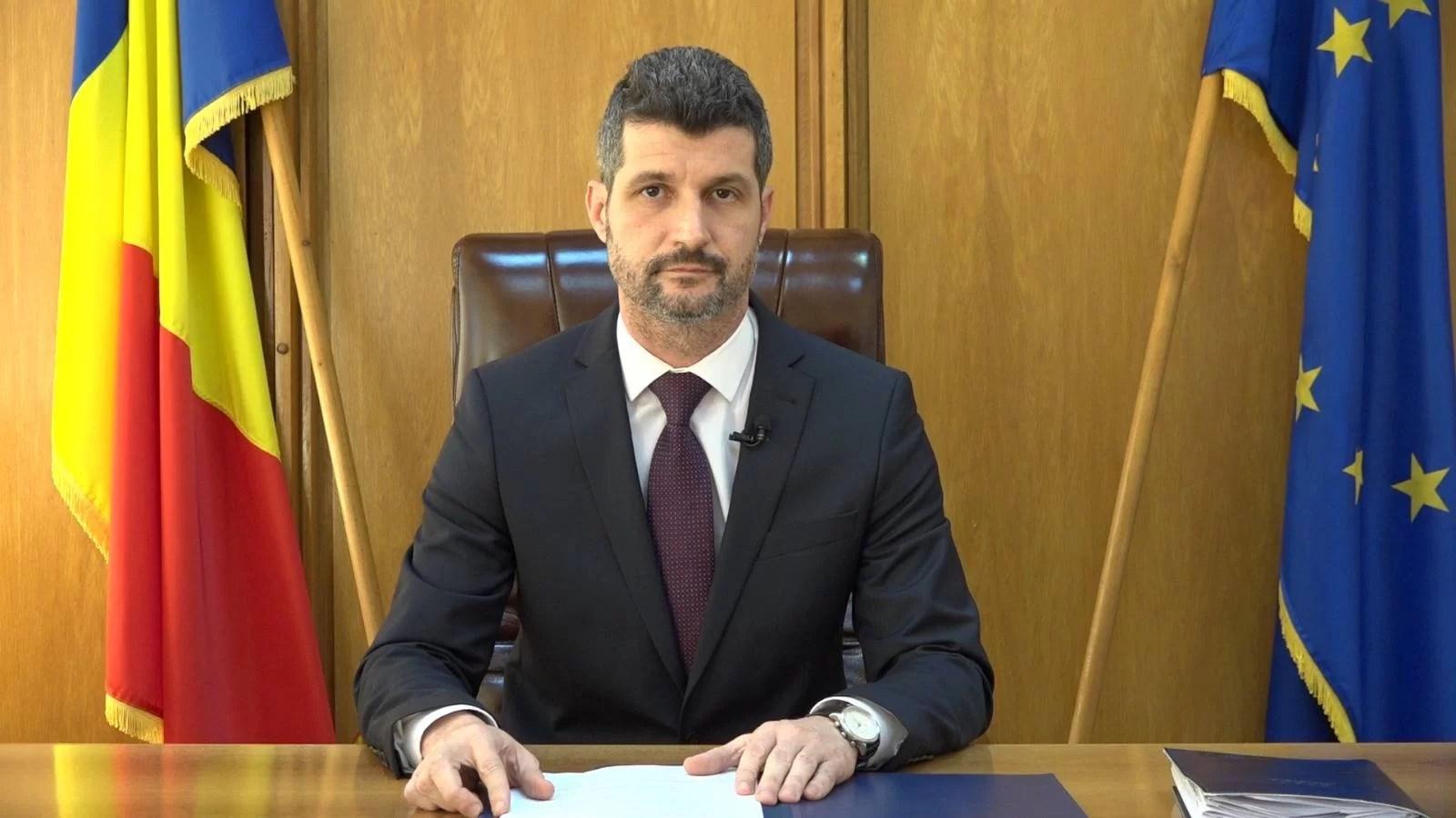 Prefectul de Prahova și directoarea de cancelarie – confirmați pozitiv Covid