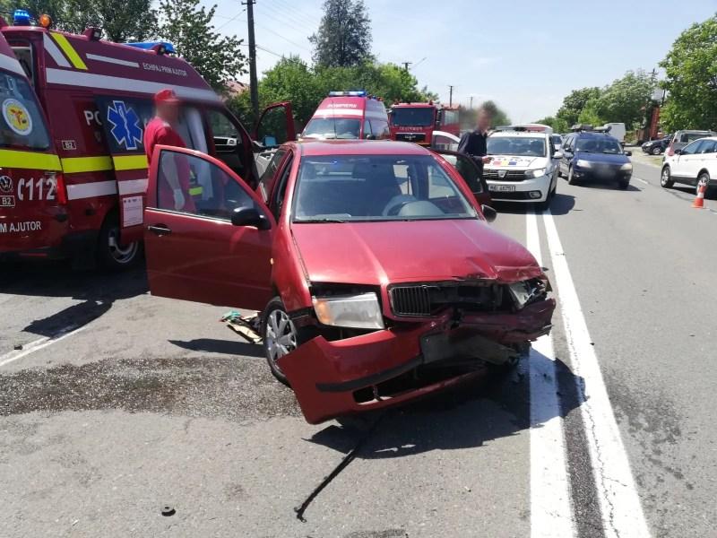 Accident cu 4 maşini la Valea Călugărească