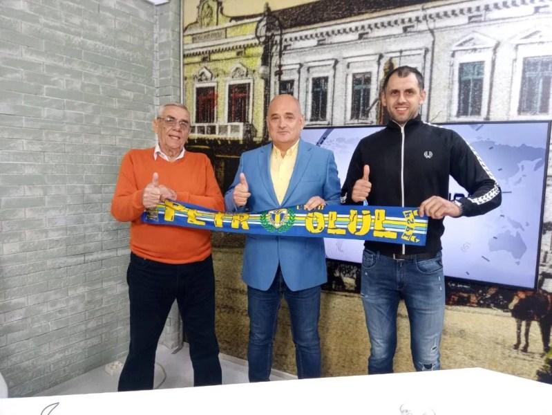 """La """"ORA hipică"""" de astă-seară se discută despre… fotbal și Petrolul, câștigătoarea Cupei României din 2013! Dar, bomba serii vine tot din cursele de pe hipodrom!"""