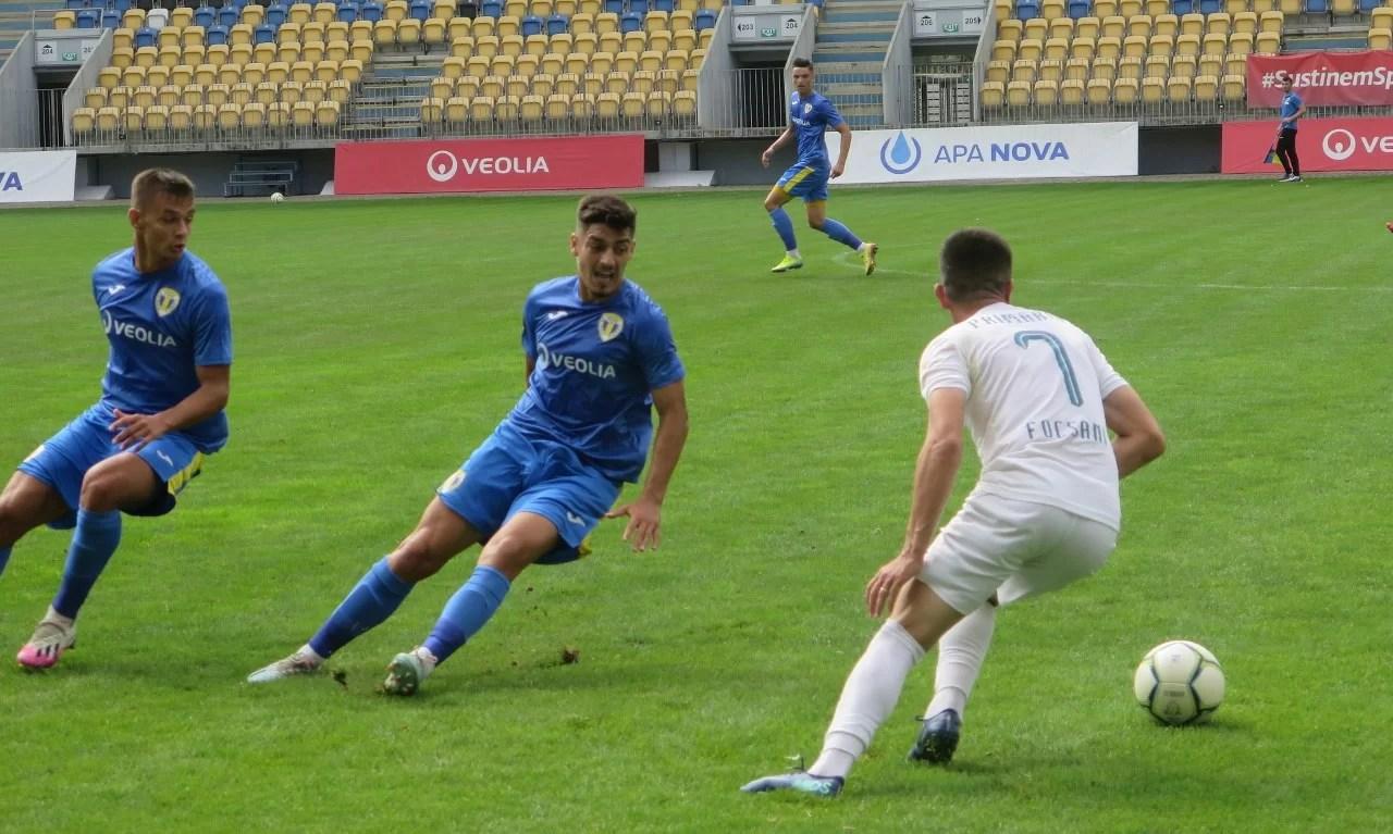 Cu cinci zile înainte de a reporni în întrecerile Ligii a II-a, FC Petrolul – între speranțele și… nemulțumirile suporterilor privind actuala campanie de transferuri. Patru străini și un român, achizițiile de până în prezent