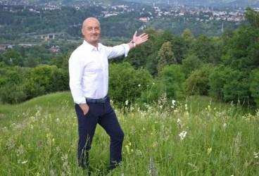 Primarul Câmpinei, Alin Moldoveanu, tamponat serios de useriști