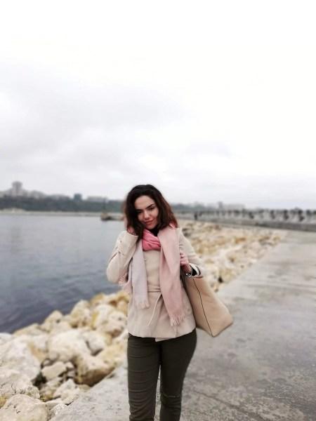 A plecat la ceruri Alexandra Bărbuceanu, o tânără excepțională, absolventă a C.N. Mihai Viteazul