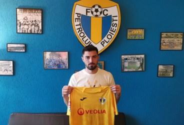 """Petrolul continuă moda """"repatrierilor""""! Revine la Ploiești și vălenarul Sergiu Arnăutu! Va fi rost, deci, de goluri de pe… linia porții! Dar, i s-a mai îndeplinit încă o dorință lui Viorel Moldovan: fundaș central din Liga 2, ex-Snagov și Farul"""
