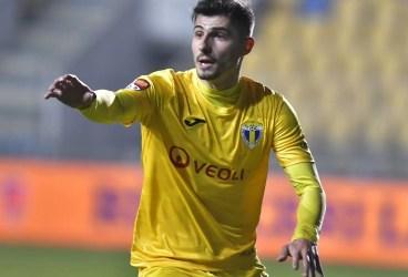 """A meritat așteptarea, Romario, nu-i așa? Să ai așa un debut la echipa orașului tău, cu deschiderea """"balului"""" și, apoi, """"stingerea"""", împreună cu """"moșul"""" Buhăescu, ce minunat! Petrolul, echipă de… Liga 1 contra Iașiului, urcă în """"sferturi""""!"""