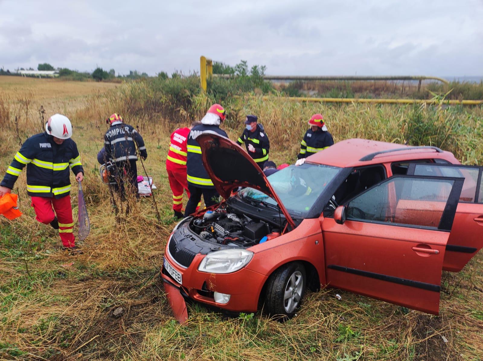 Imagini de la accidentul dintre un tir și autoturism, de la Blejoi