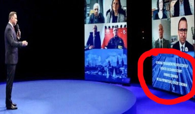 Duda przez prawie trzy godziny odczytywał swój program z ukrytego monitora?  A, Brudziński tak chwalił swojego kandydata.