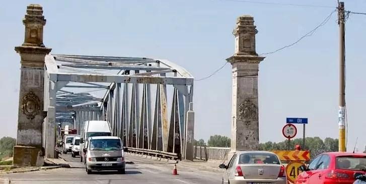 lucrarile la podul olt