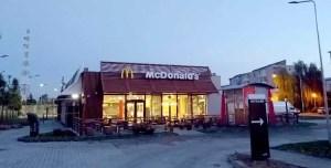 Deschiderea McDonald's-ului pe ultima sută de metri