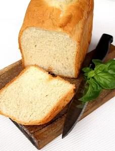 Pâinea din făină de greier a apărut în România