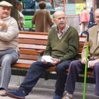 Slătinenii beneficiază de reducerea cu 2 ani a vârstei standard de pensionare