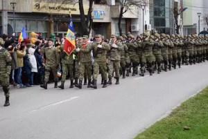 Parlamentarii olteni: La mulţi ani, români! La mulţi ani, România!