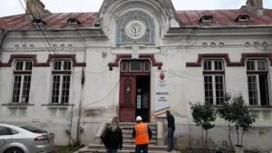 Clădirea bibliotecii din Caracal refăcută cu bani europeni
