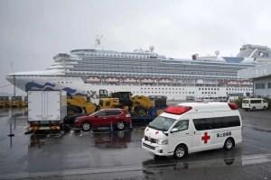 Șase români de pe vasul Diamond Princess ajung sâmbătă în țară, cu un avion al MAPN