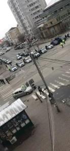 Poliţiştii olteni verifică dacă cetăţenii respectă măsurile impuse prin Ordonanţa militară nr. 3