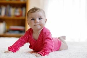 Părinţii întârzie vaccinarea copiilor de teama infecției cu COVID-19