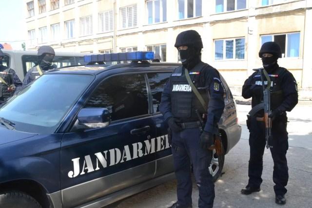 JANDARMI Jandarmii olteni își  suspendă activitatea de  relații cu publicul