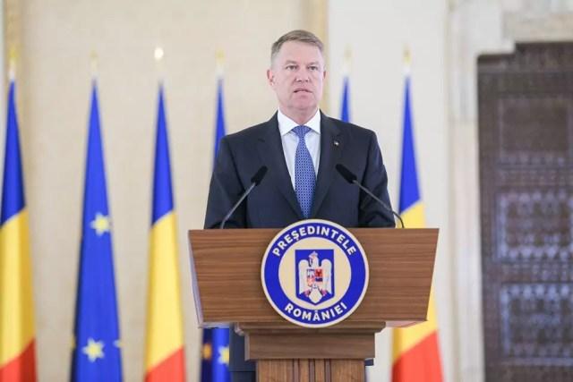 Klaus-Iohannis Iohannis: Românii să renunţe la deplasările care nu sunt necesare. Paza bună trece primejdia rea