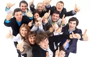 Vești bune pentru toți tinerii: vor primi mai mulți bani de la companii