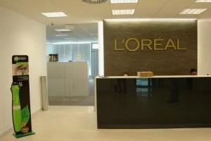 L'Oréal România donează peste 42.000 de produse către spitalele din România