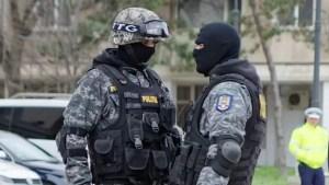 Caracaleni arestați după ce au furat în Ungaria