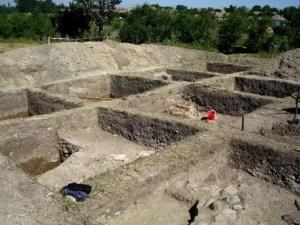 Situl arheologic de la Dobrosloveni va fi preluat de Muzeul Județean