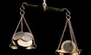 Curs valutar - Leul se apreciază ușor în comparație cu euro