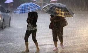 Meteorologii au emis PROGNOZA pentru luna octombrie: cu ce SURPRIZE vine vremea