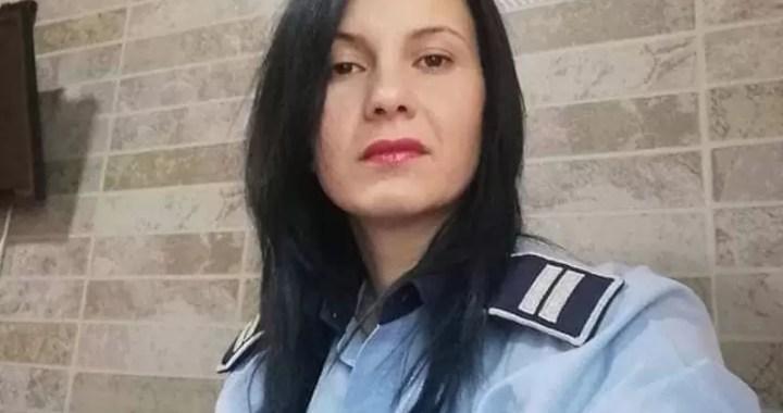 politista-andreea Acasa