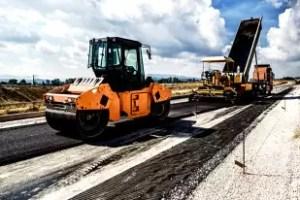 CNAIR a desemnat câştigătorul pentru execuţia tronsonului 4 al Drumului Expres Craiova - Piteşti. Valoarea contractului ajunge la peste 617 milioane de lei