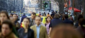 Studiu ÎNGRIJORĂTOR - Peste 50% dintre tinerii români și-au pierdut încrederea și motivația în perioada stării de urgență